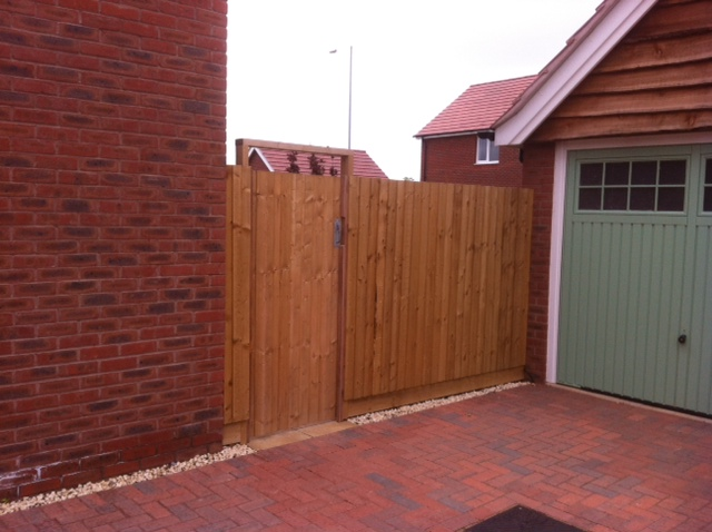 close board fencing midlands