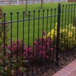 Palisade fencing for gardens
