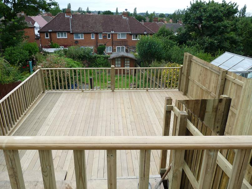 Decking, steps and fencing rail